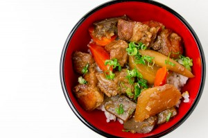 Cinnamon Braised Pork with Daikon